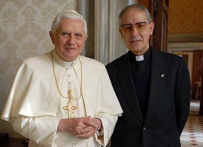 Benedikts XVI un Adolfo Nikolass
