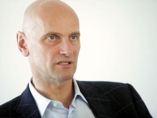 Aleksandrs Oskins (Toyota dīlera Wess Motors padomes priekšsēdētājs)