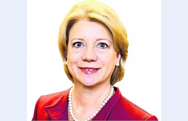 Ilze Jurkāne (banku darbiniece, strādājusi vadošos amatos vairākas Latvijas un ASV bankās)