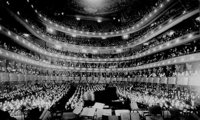 Metropolitan opera, 1937.g.