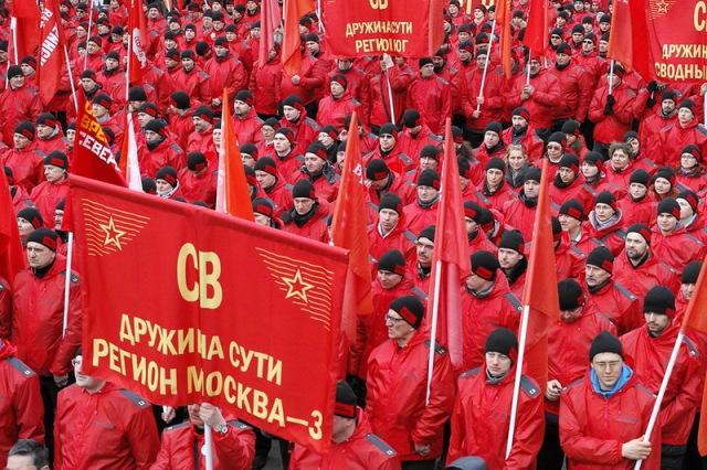 Komunistu_gajiens10