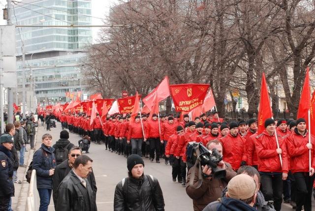 Komunistu_gajiens4