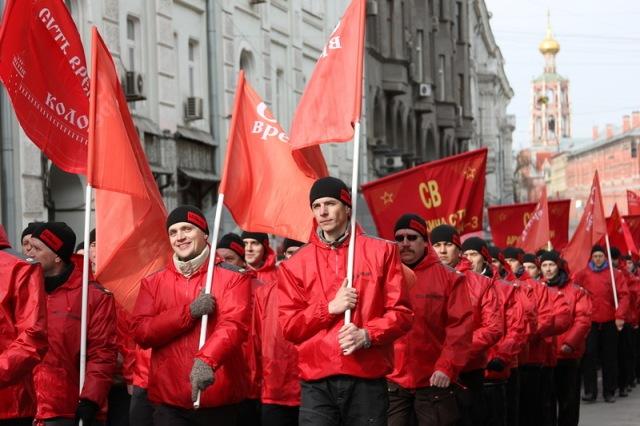 Komunistu_gajiens9