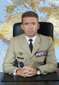 00479_directeur-du-renseignement-militaire-photo2