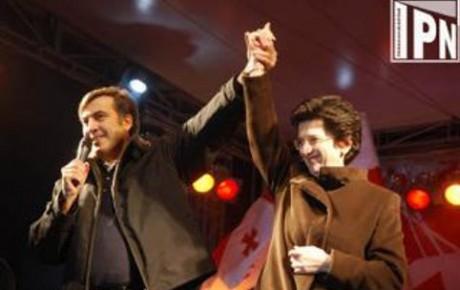Mihails Saakašvili un Nino Burdžanadze
