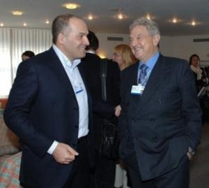 Viktors Pinčuks un Džordžs Soross