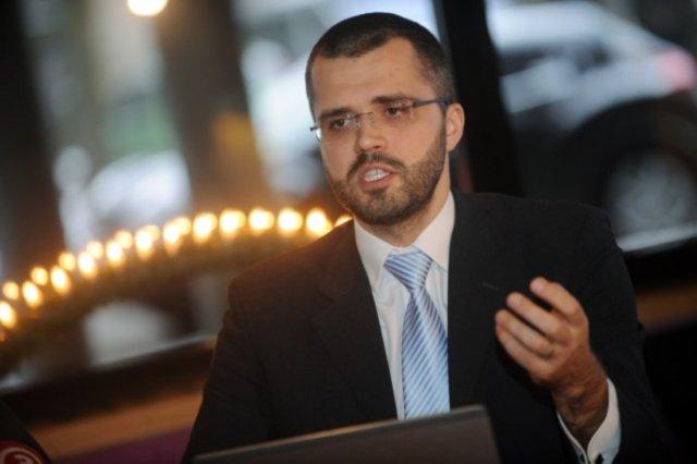 """Kristaps Petermanis (""""profesionāli veicinu dzimumu līdztiesību ES kandidātvalstīs"""")"""