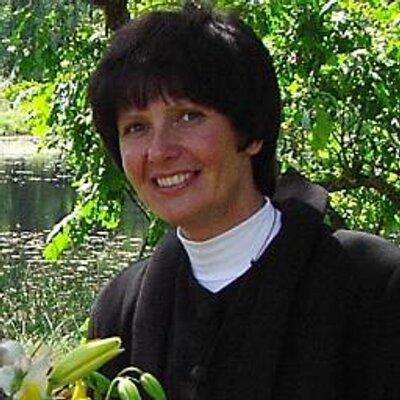 Rudīte Losāne (Latviešu luterāņu sieviešu teoloģu apvienības prezidente)