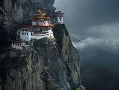 00634_tigersnestmonastery