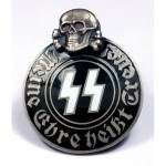 00635_ss-black-corps-pin-with-skull